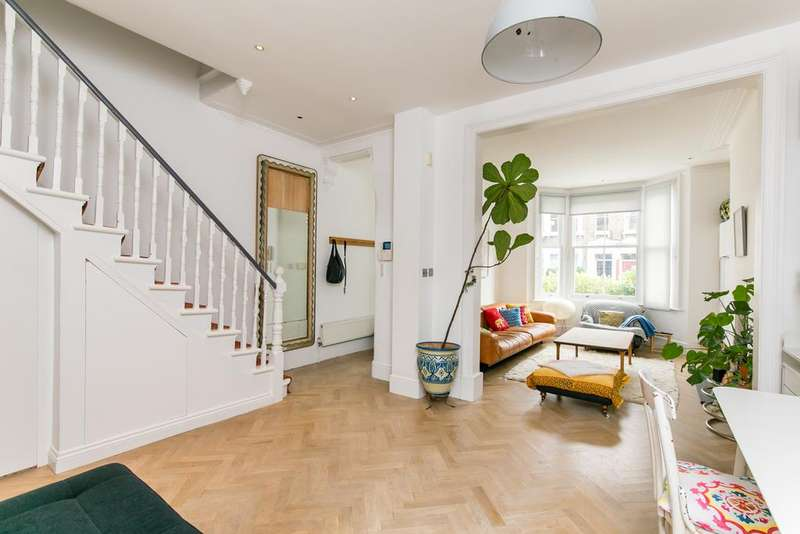 4 Bedrooms House for sale in Pember Road, London