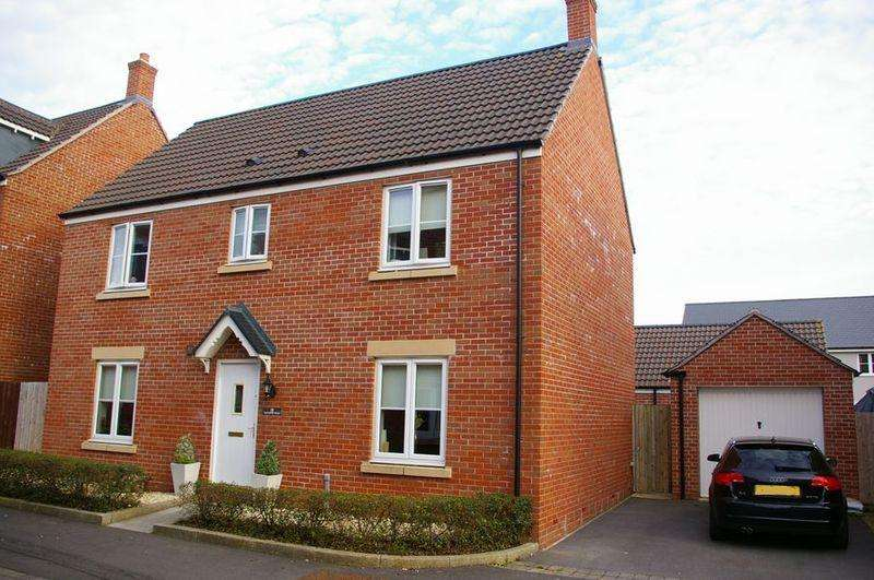4 Bedrooms Detached House for sale in Shannon Walk, Portishead