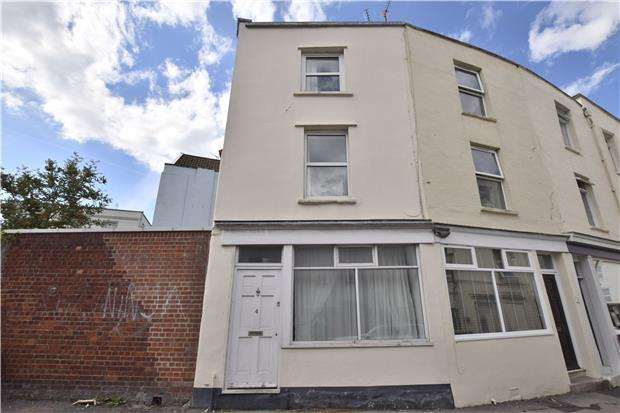 3 Bedrooms Terraced House for sale in Highland Crescent, Clifton, Bristol, BS8 2YA