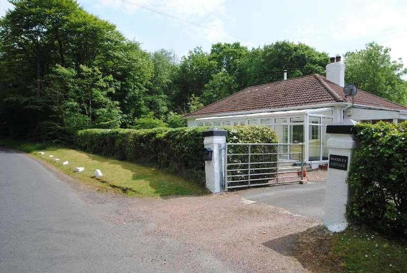3 Bedrooms Bungalow for sale in Sevenacres, Kilwinning, North Ayrshire, KA13 7QS