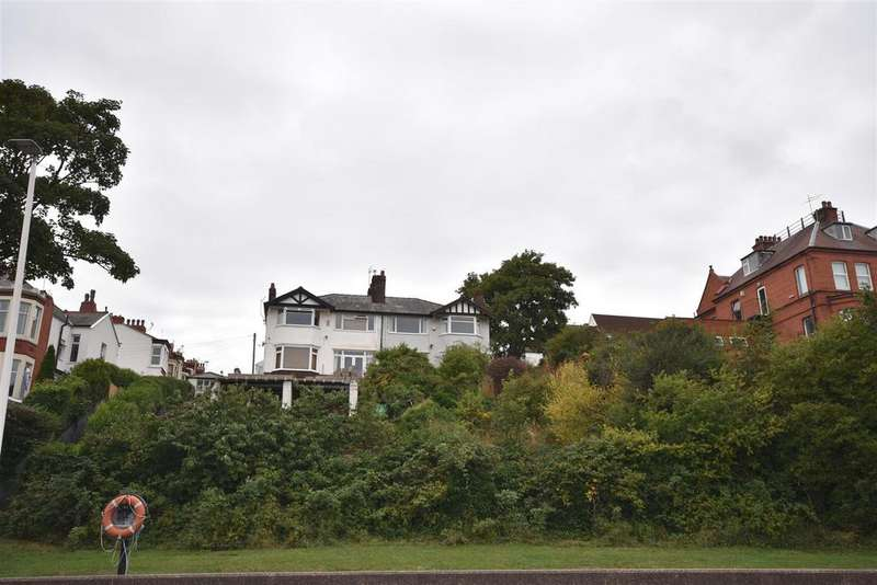 4 Bedrooms Semi Detached House for sale in Egremont Promenade, Wallasey