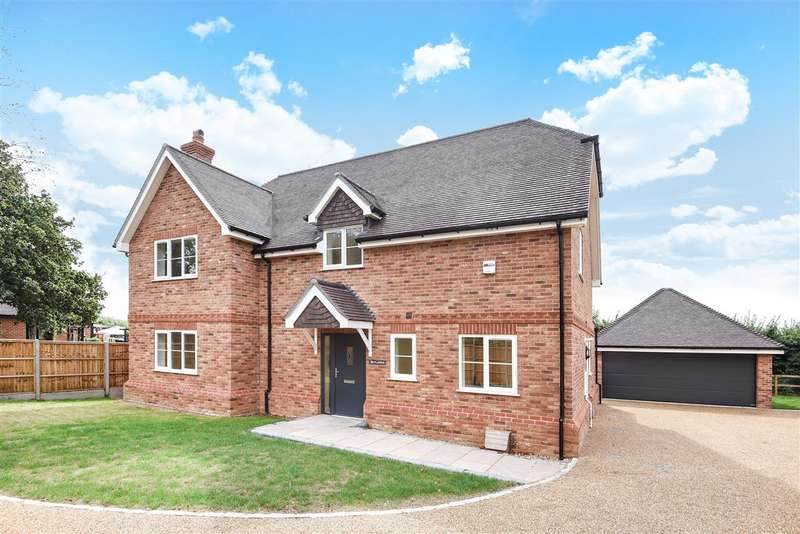 4 Bedrooms Detached House for sale in Skylarks, Heathlands Road, Wokingham