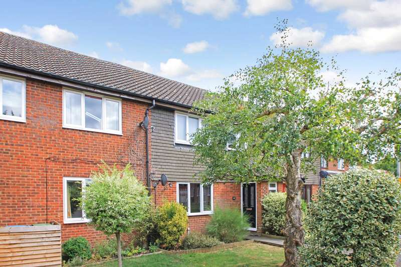 3 Bedrooms Terraced House for sale in Church Hill, Cheddington