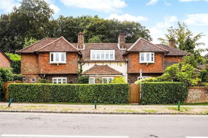 5 Bedrooms Detached House for sale in School Road, Penn, Buckinghamshire, HP10