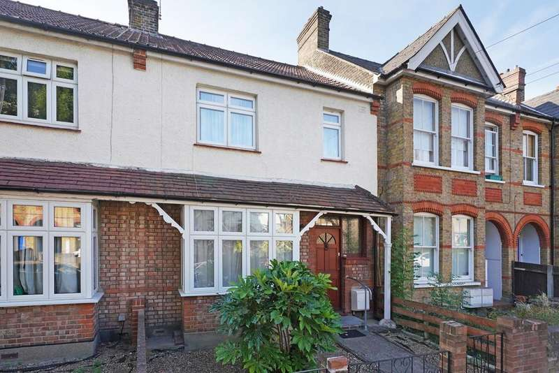 3 Bedrooms Terraced House for sale in Carlyle Road, Ealing, W5