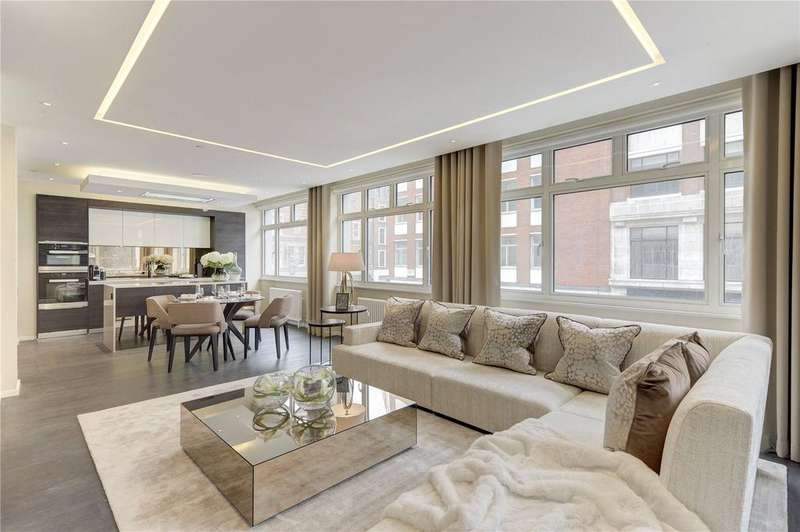 3 Bedrooms Flat for sale in Margaret Street, London, W1W