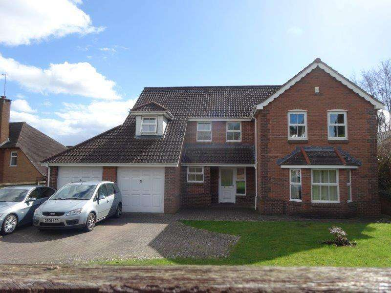 4 Bedrooms Detached House for sale in Victoria Road, Coleford