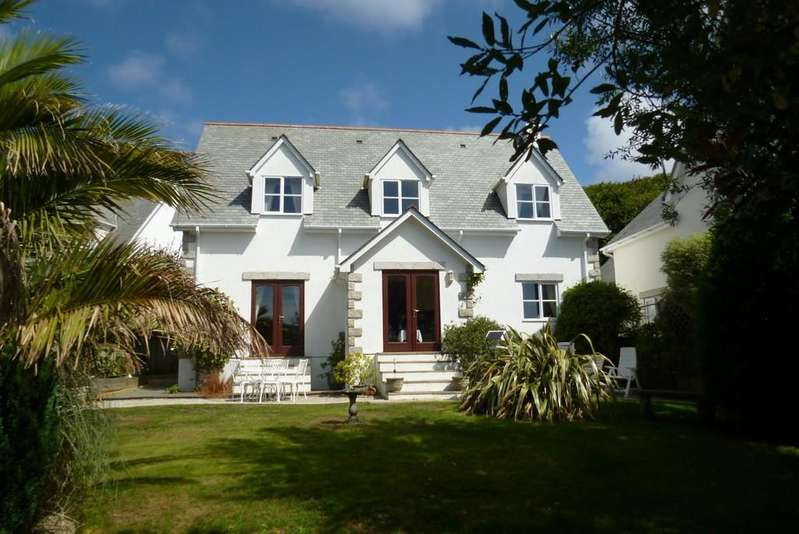 4 Bedrooms Detached House for sale in Old Cable Lane, St. Levan, Porthcurno