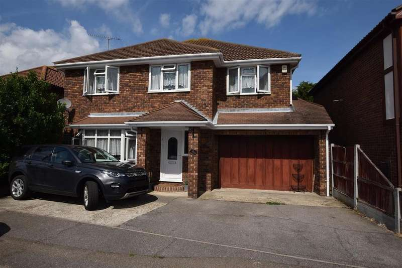 5 Bedrooms Detached House for sale in Beecroft Crescent, Canvey Island
