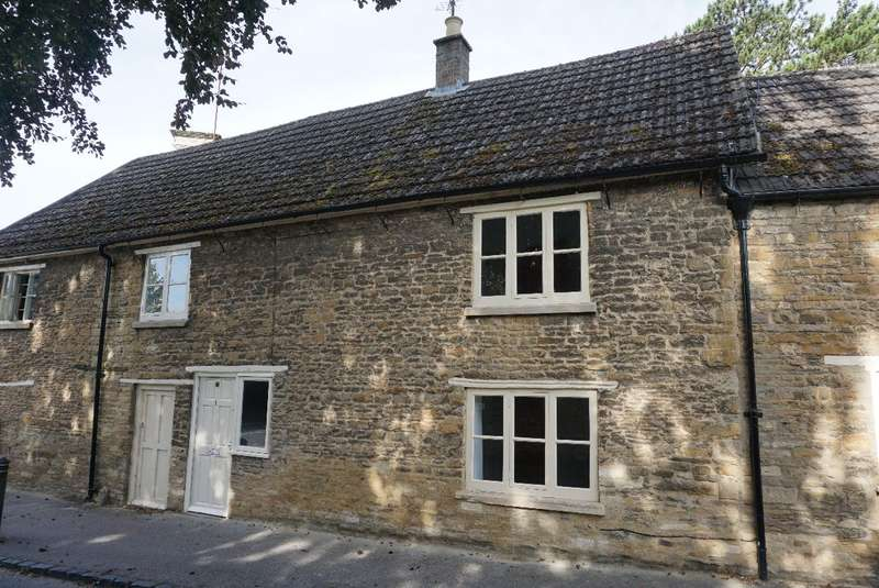 2 Bedrooms Cottage House for sale in CARLTON ROAD, TURVEY
