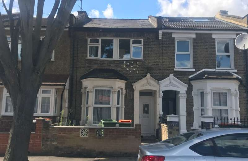 3 Bedrooms Terraced House for sale in Geere Road, Stratford, London, E15 3PW