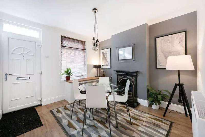 2 Bedrooms Terraced House for sale in Cambridge Street, Luton, Bedfordshire, LU1 3QU