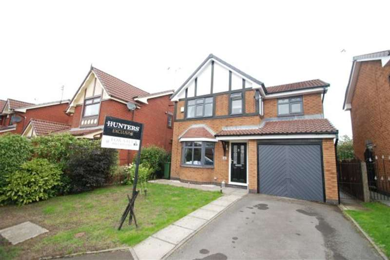 4 Bedrooms Detached House for sale in Fresnel Close, Hyde, SK14 4UY