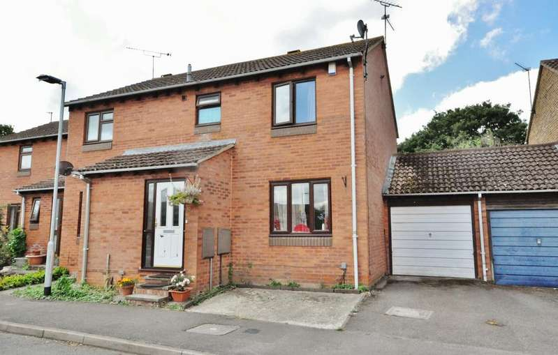 3 Bedrooms House for sale in Mawbray Close, Lower Earley, Reading, RG6 3BZ