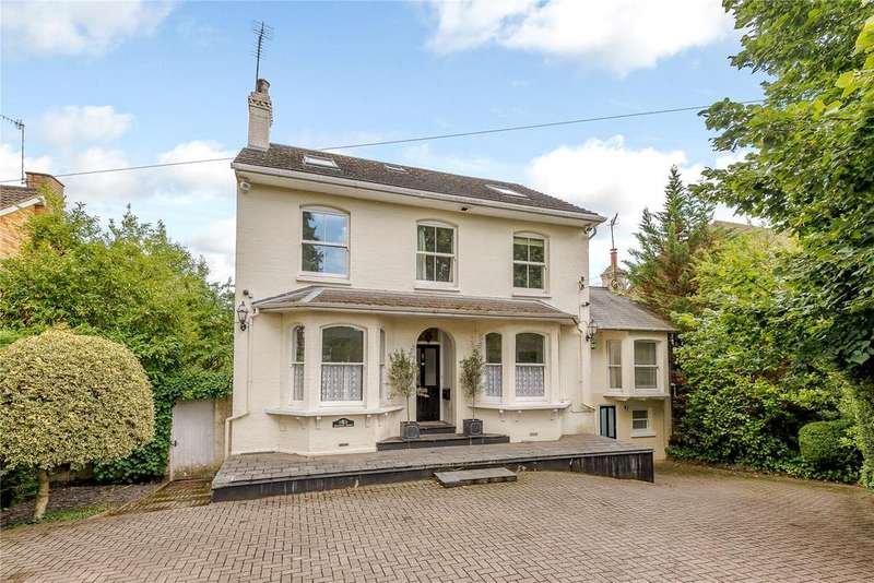 6 Bedrooms Detached House for sale in Abbots Road, Abbots Langley, Hertfordshire, WD5