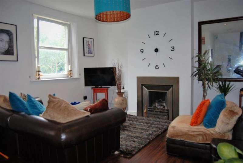 3 Bedrooms Maisonette Flat for sale in Casewick Road, west Norwood, London, SE27 0TA