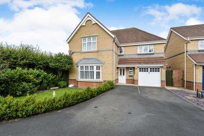 4 Bedrooms Detached House for sale in Middleton Close, Eaglescliffe, Stockton-On-Tees, Durham