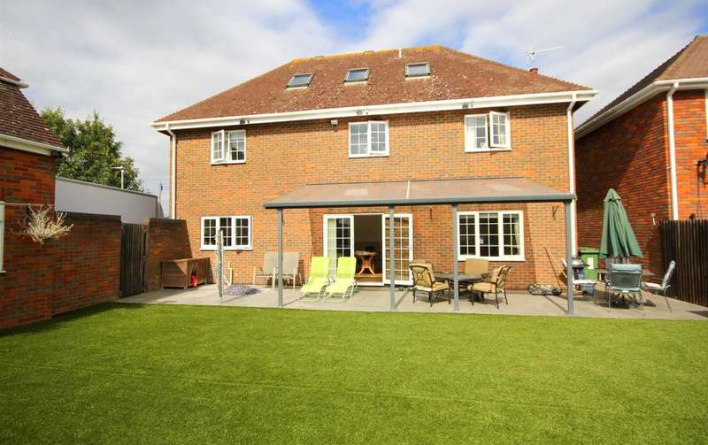 4 Bedrooms Detached House for sale in DETACHED 4 BED EXECUTIVE HOME WITH DOUBLE GARAGE CLOSE TO EXCELLENT AMENITIES.