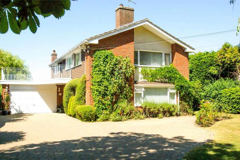 4 Bedrooms Detached House for sale in Loves Green, Highwood, Chelmsford, Essex, CM1