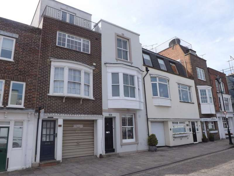 3 Bedrooms Town House for sale in Broad Street, Portsmouth