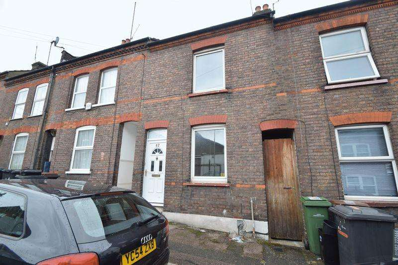 3 Bedrooms Terraced House for sale in Hartley Road, Luton
