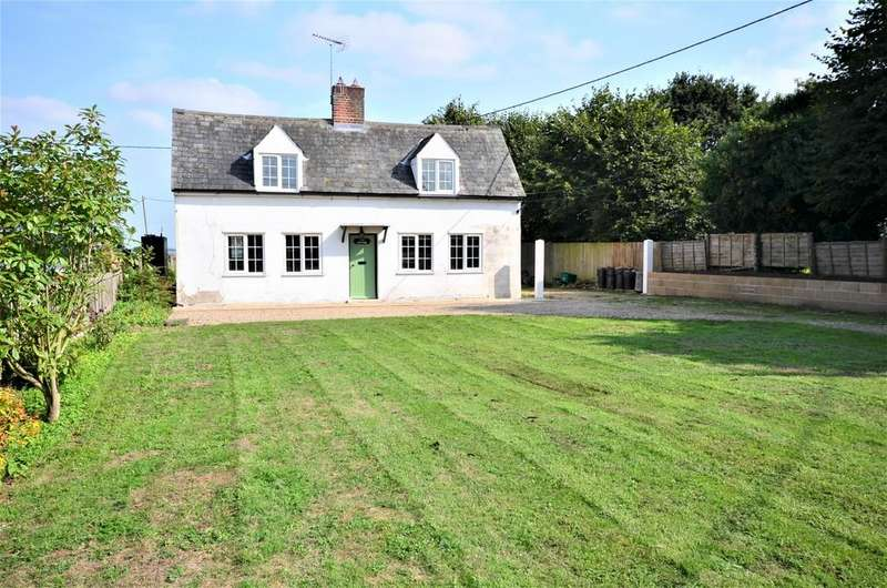 2 Bedrooms Cottage House for sale in Church Road, Layer De La Haye, CO2 0EW