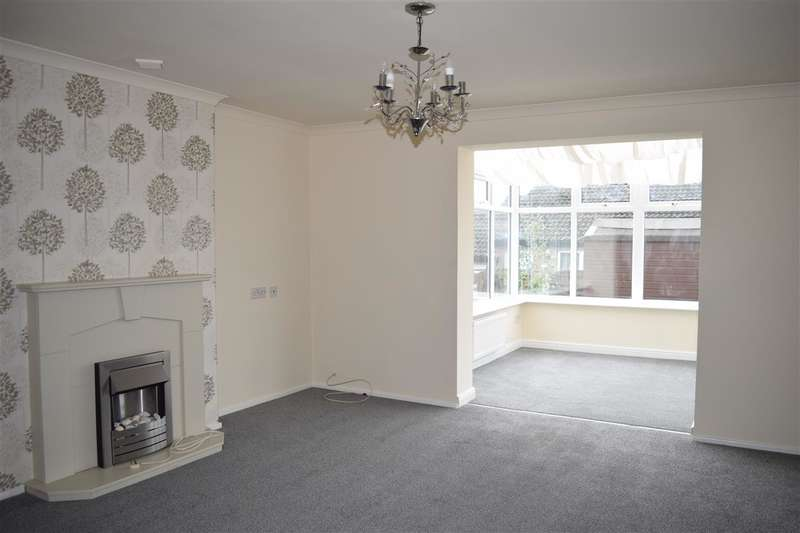 2 Bedrooms Bungalow for sale in Croftfield Road, Seaton, Workington