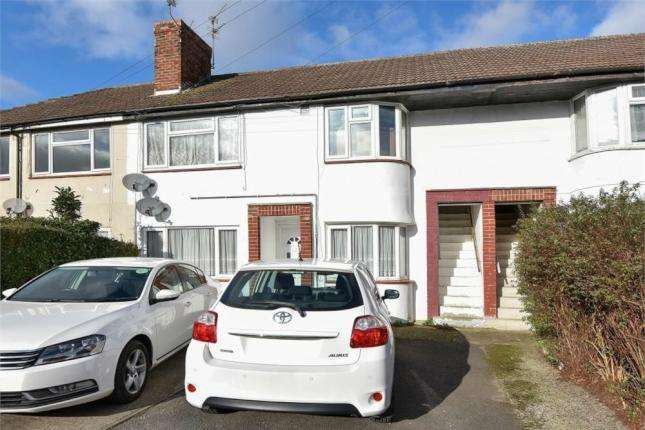 2 Bedrooms Maisonette Flat for sale in Wiltshire Avenue, Slough, SL2