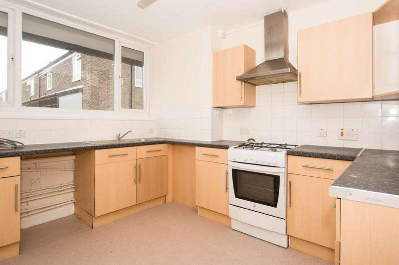 3 Bedrooms Maisonette Flat for sale in Church Crescent, London, E9