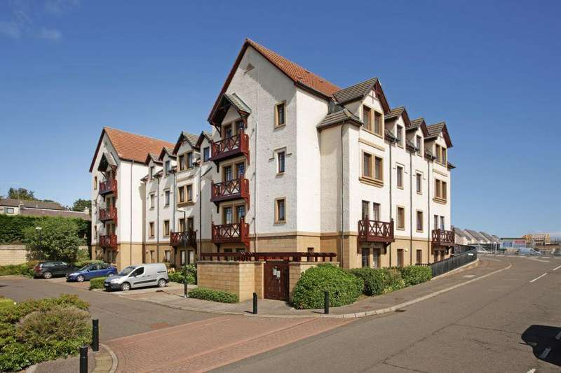 2 Bedrooms Flat for sale in 21 Muirfield Apartments, Gullane, EH31 2HZ