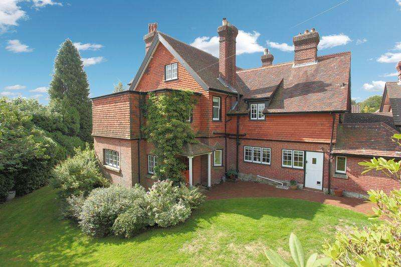 5 Bedrooms House for sale in Southview Road, Crowborough, East Sussex