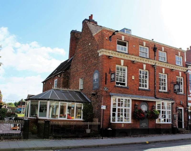 5 Bedrooms Terraced House for sale in 128 High Street , 128 High Street