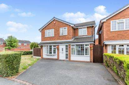 4 Bedrooms Detached House for sale in Bleasdale Road, Crewe, Cheshire