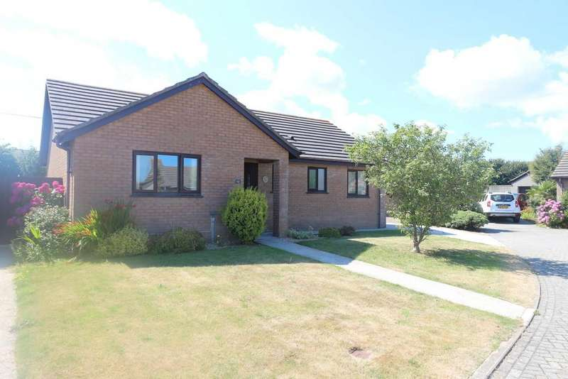 3 Bedrooms Detached Bungalow for sale in Wheal Agar, Pool