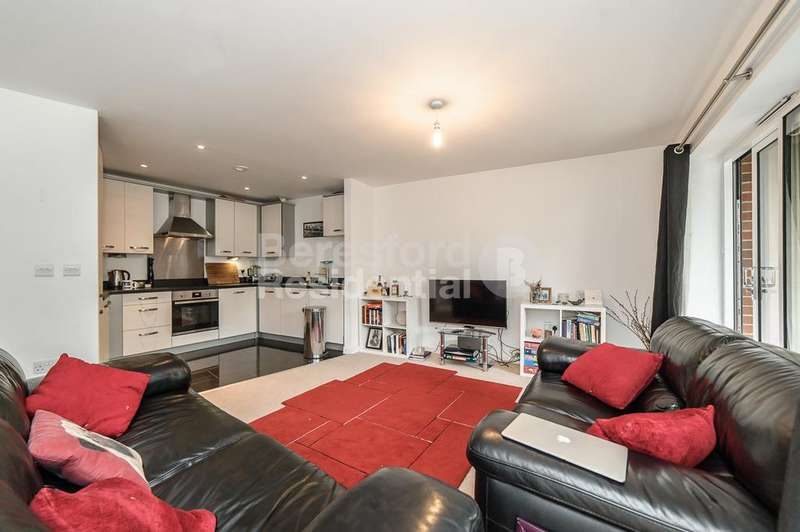 2 Bedrooms Flat for sale in Eversley House, Mullins Place, Clapham, SW4