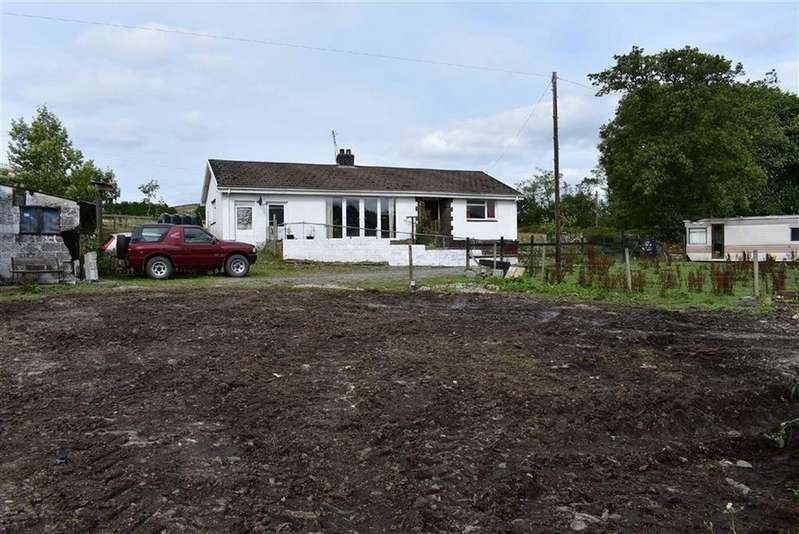 2 Bedrooms Smallholding Commercial for sale in Bethania, Llanon, Ceredigion