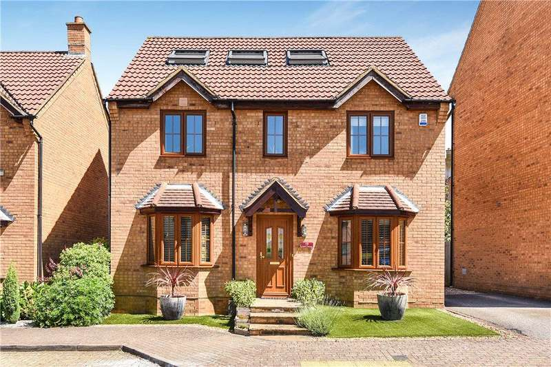 4 Bedrooms Detached House for sale in Edzell Crescent, Westcroft, Milton Keynes, Buckinghamshire