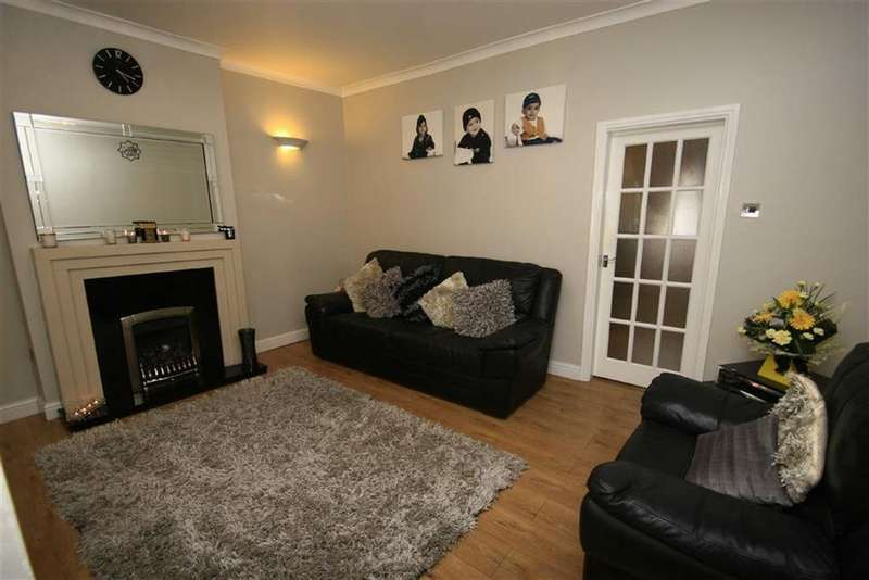 4 Bedrooms Terraced House for sale in 29, Midhurst Street, Deeplish, Rochdale, OL11