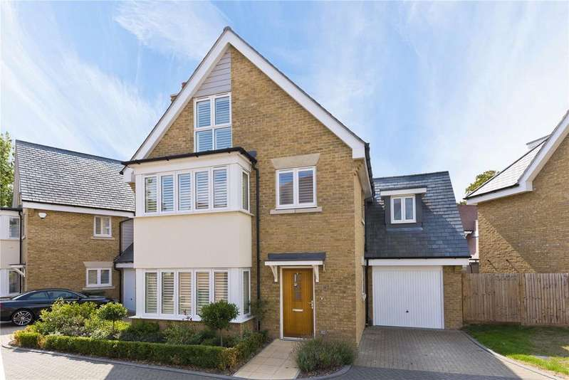 5 Bedrooms Link Detached House for sale in Nettlefold Place, Sunbury-on-Thames, Middlesex, TW16