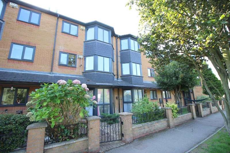 2 Bedrooms Apartment Flat for sale in River Lane, Cambridge