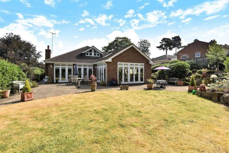 5 Bedrooms Detached House for sale in Springfield Road, Camberley, GU15