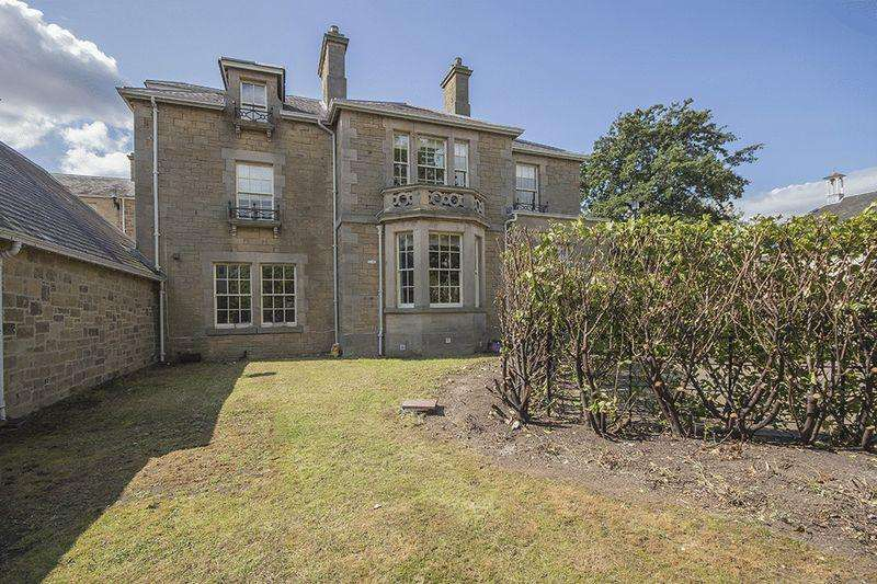 4 Bedrooms Semi Detached House for sale in Lanesborough Court, Gosforth, Newcastle upon Tyne