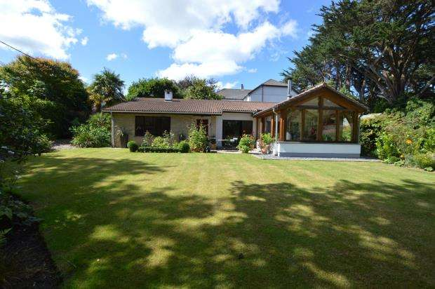 3 Bedrooms Detached Bungalow for sale in Station Hill, Lelant, St. Ives, Cornwall