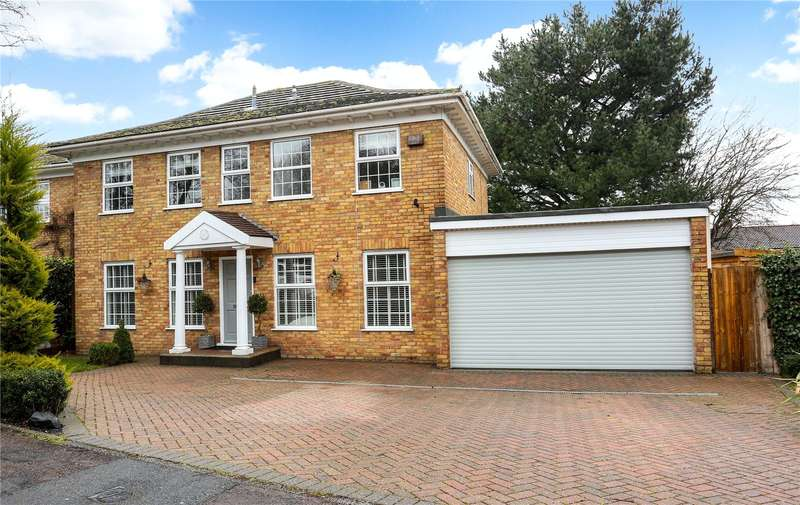 5 Bedrooms Detached House for sale in Brudenell, Windsor, Berkshire, SL4