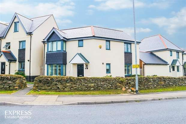 3 Bedrooms Detached House for sale in Stratton Road, Bude, Cornwall