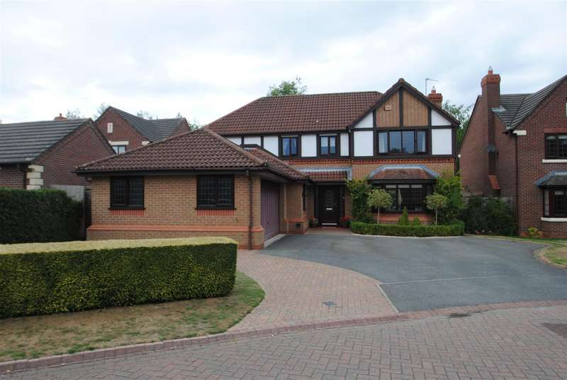 4 Bedrooms Detached House for sale in Barshaw Gardens, APPLETON, Warrington, WA4