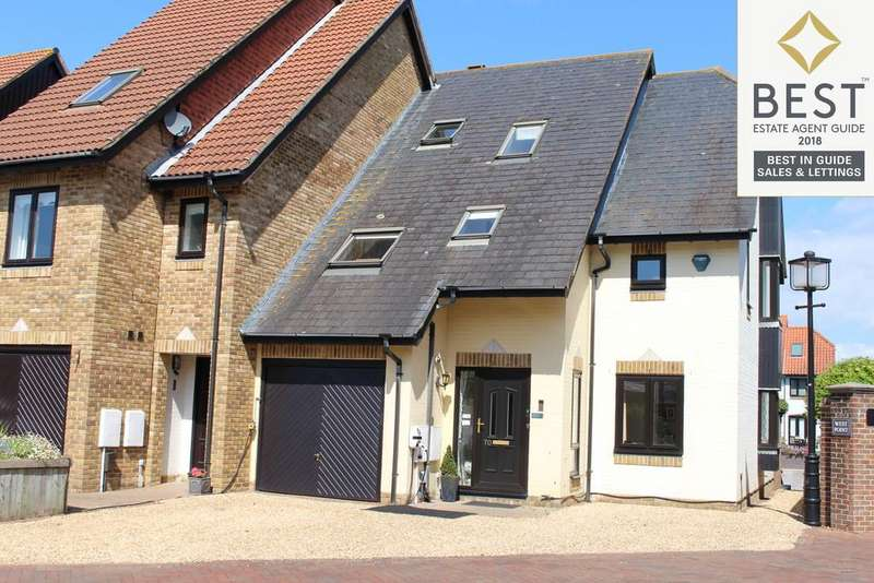 4 Bedrooms Town House for sale in Endeavour Way, Hythe, Southampton