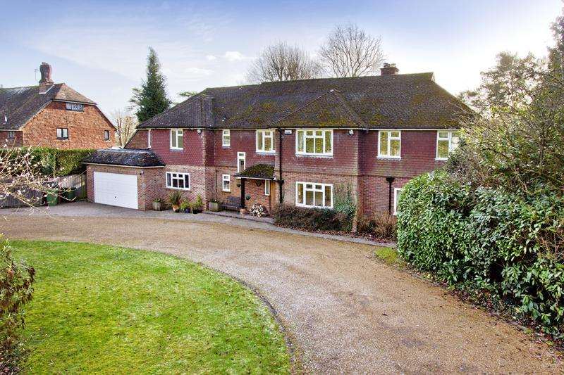 6 Bedrooms Detached House for sale in Holmewood Ridge, Langton Green, Tunbridge Wells TN3