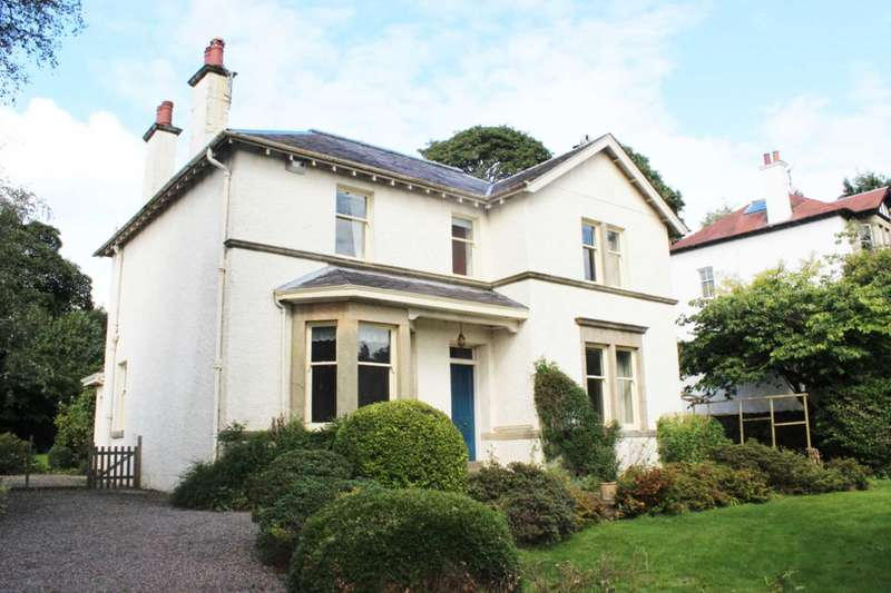 4 Bedrooms Detached House for sale in West Glen Road, Kilmacolm