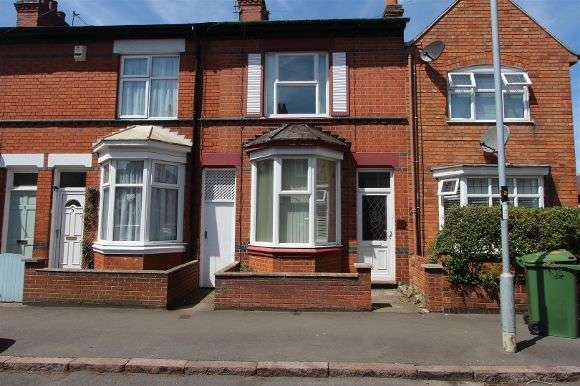 3 Bedrooms Terraced House for sale in Beaumont Street, Oadby, Leicester